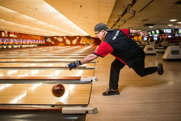 Rolling Down Memory Lane At A Soon To Close Cambridge Bowling Alley   The  Boston Globe